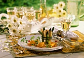 Asparagus with fish; White wine; Décor: marguerites