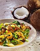 Carneiro com coco (Lammfleisch in Kokossauce mit Erbsen und Frühlingszwiebeln, Brasilien)