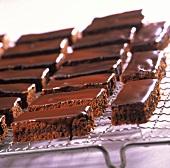 Chocolate strip on a cake rack