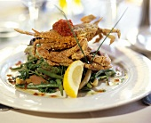 Deep-fried crab on green beans