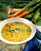 Quick noodle soup with vegetables