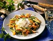 Putengeschnetzeltes mit Aprikosen und Reis