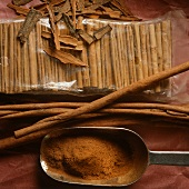 Cinnamon powder, bark and sticks