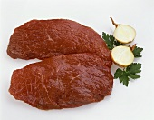 Two beef fillets, onion and parsley
