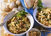 Bulgur pilaff with mushrooms, nuts and parsley