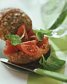 Wholemeal rolls with tomato and fresh basil