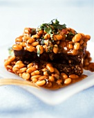 Baked beans with fresh parsley