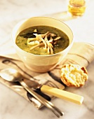 Nettle soup with chicken