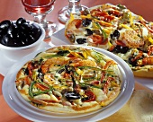 Polenta pasticciata ai gamberi (Polenta flatbread with shrimps)