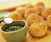 Sesame cheese roll with spicy pesto spread