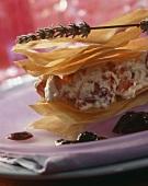 Mille-feuille mit Erdbeer-Mascarpone-Creme & Heidelbeersauce