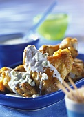 Chicken wings with Roquefort sauce