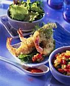 Shrimps in batter, salad and salsa