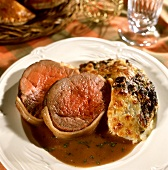 Beef fillet with potato and spinach gratin from Savoy