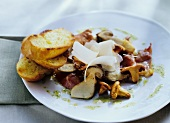 Insalata di funghi (Mushroom salad with Parma ham & Parmesan)