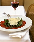 Carpaccio con la rucola (marinated, raw beef)