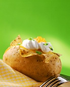 Baked potato with crème fraiche and caviare