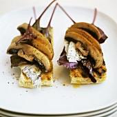 Polenta alla griglia (Polenta slices with mushrooms & cheese)