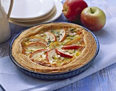 Whole apple and leek quiche with sunflower seeds