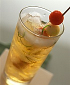 Melon and cider drink with ice cubes