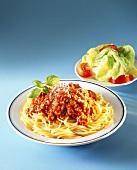 Spaghetti alla bolognese (Spaghetti with meat sauce)