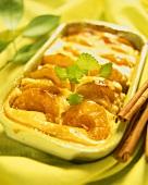 Aprikosen-Gratin mit Zimt und Zitronenmelisse