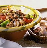 Creole mince with peppers, tomatoes and raisins