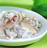 Matje herrings with creamed radishes and onions