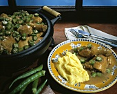 Chicken with okra (Frango com quiabo, Brazil)