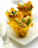 Chinese chicken salad in won ton shell; champagne