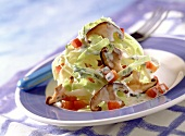 Salad of pointed cabbage with shiitake mushrooms