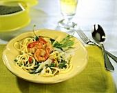 Pasta con la ruchetta (Spaghetti with rocket & scampi)