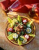 Salade tunisienne (Gemüsesalat mit Ei & Thunfisch, Tunesien)