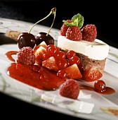 Chocolate mousse with red fruit