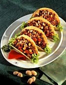 Tacos with mince and peanuts