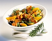 Pan-cooked tuna and vegetable dish with rosemary and thyme