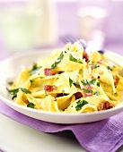 Pappardelle alla pancetta (Broad pasta with ham)