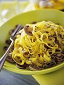 Tagliatelle funghi e germogli (Pasta with mushrooms & sprouts)