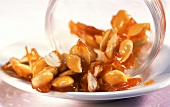Almond praline with cinnamon and rose water
