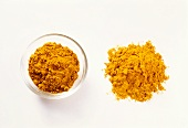 Curry powder and turmeric