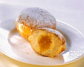 Small doughnuts with apricot jam