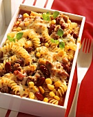 Pasta gratin with sweetcorn and beans