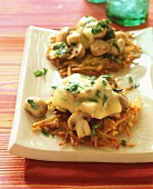 Rosti au gratin with mushrooms and cheese