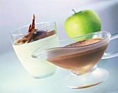 Apfelparfait mit Schokoladensauce