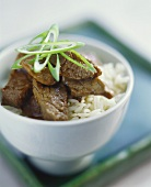 Beef with oyster sauce and rice (Chinese style)