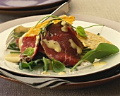 Roast beef with rocket and Parmesan crisps