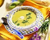 Courgette and potato soup with chives