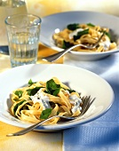 Tagliatelle with spinach and Roquefort