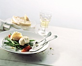 Pesce e fagiolini (Fish fillet on green beans, Italy)