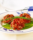 Tuna tartare with chive sauce